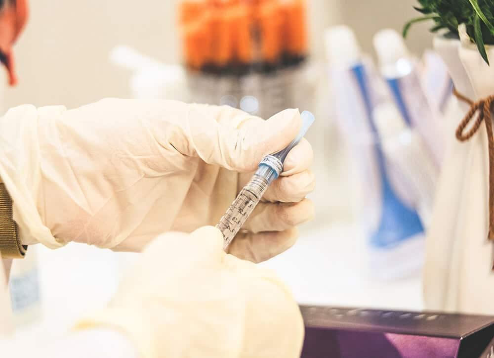 guanti lattice medicale laboratori dispositivo medico normativa